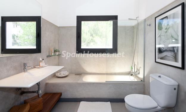 105 - Beautiful Villa for Sale in San Jose, Ibiza (Balearics)