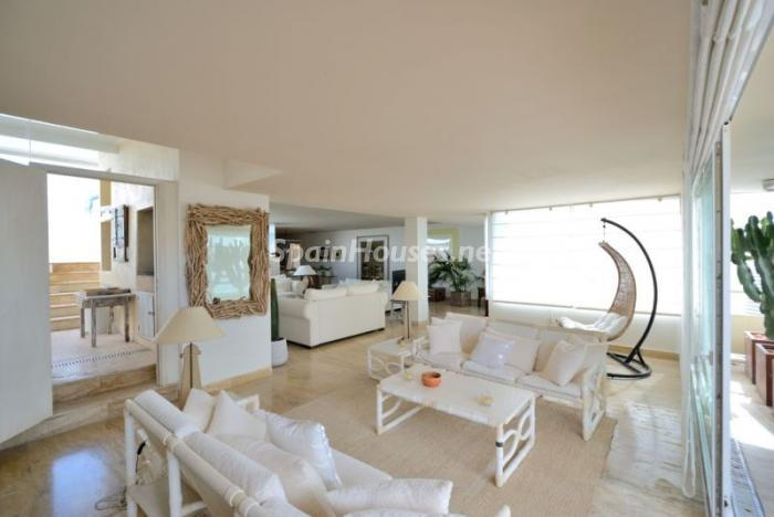 106 - Stylish Penthouse for Sale in Ibiza, Balearic Islands