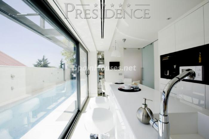 1061467 4343018 3 - Splendid villa for sale in Madrid according to Feng Shui principles