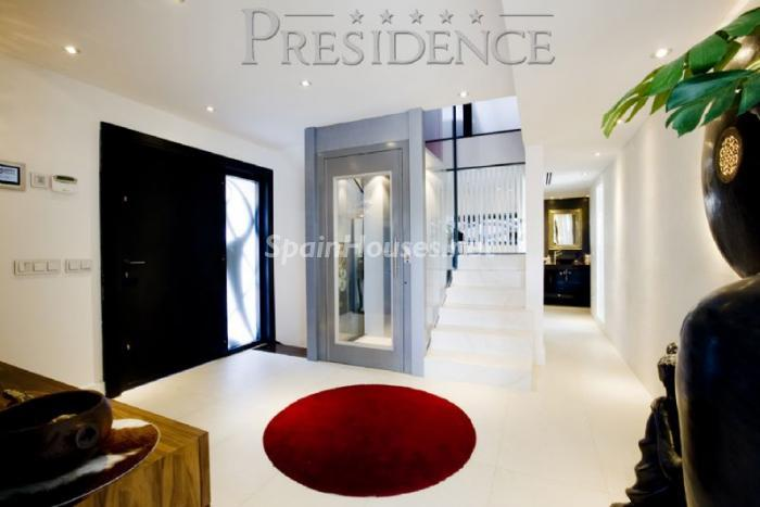 1061467 4343018 7 - Splendid villa for sale in Madrid according to Feng Shui principles