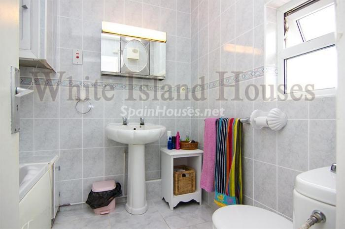 11. Apartment for sale in Ibiza