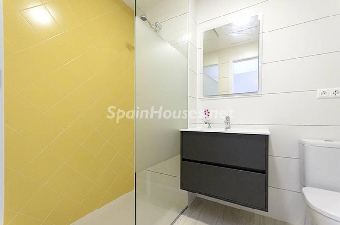 11. Apartment for sale in Torrevieja Alicante - Beach Apartment for Sale in Torrevieja (Alicante)