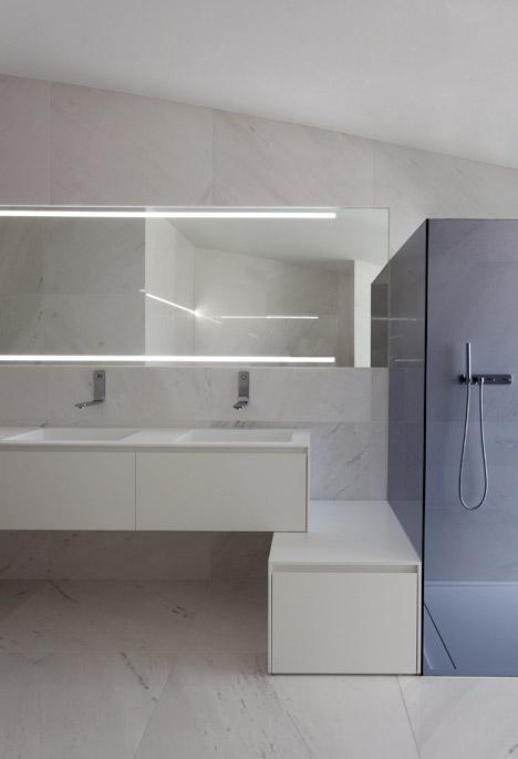 11. Balint House - Balint House by Fran Silvestre Arquitectos in Bétera (Valencia)