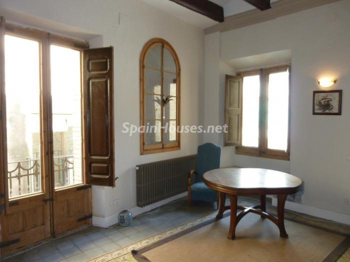 11. Detached house for sale in Cervera Lleida - For Sale: Beautiful Detached House in Cervera, Lleida