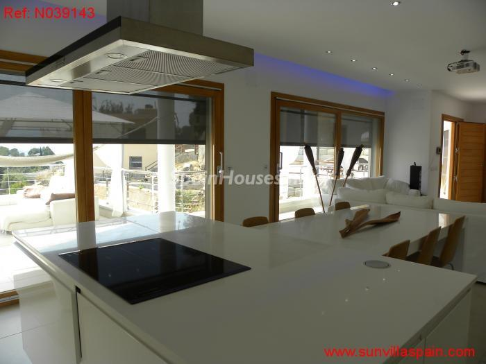 11. Detached house for sale in Sant Cebrià de Vallalta Barcelona - For Sale: Detached House in Sant Cebrià de Vallalta (Barcelona)