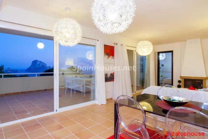 11. Detached villa for sale in Sant Josep de sa Talaia - For Sale: Luxury Retreat with Unbeatable Views in Ibiza