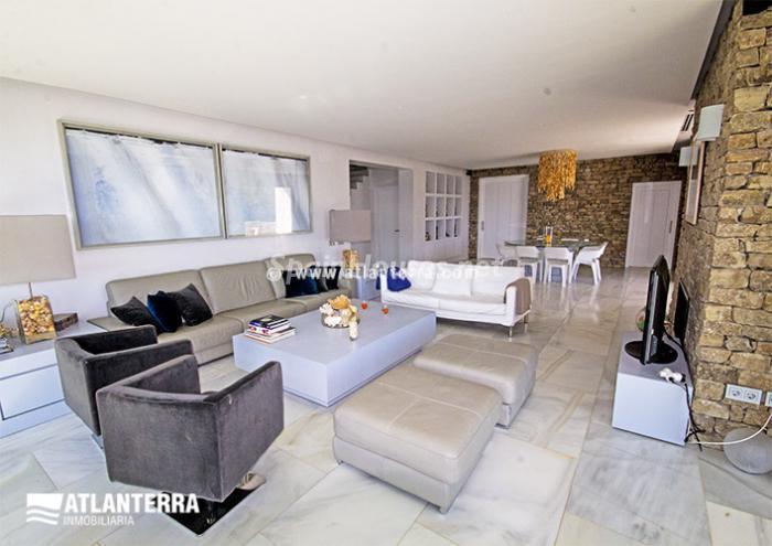 11. Detached villa for sale in Zahara de los Atunes
