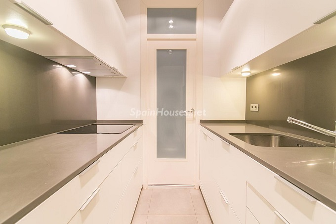 11. Flat for sale in Barcelona