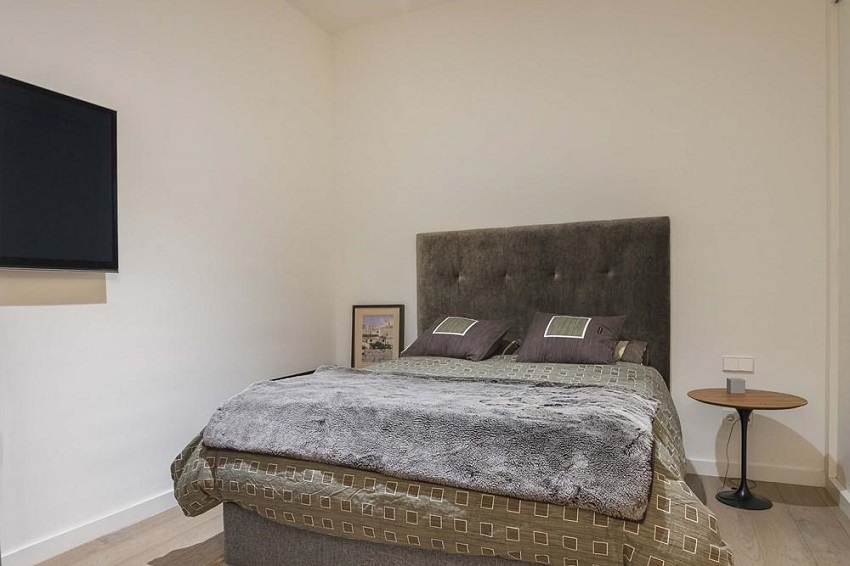 11. Flat for sale in Eixample Barcelona - For sale: Apartment in Eixample, Barcelona city centre