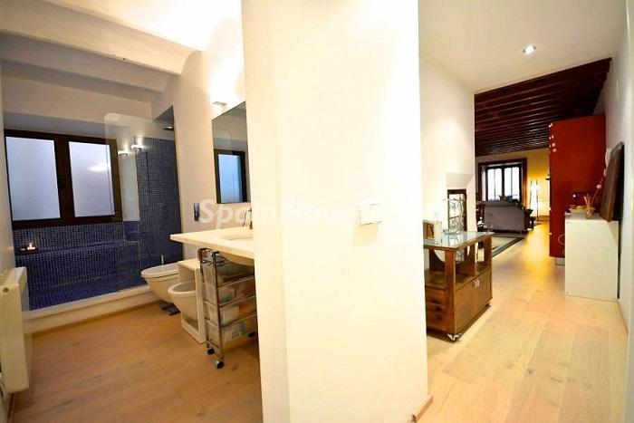 11. Flat for sale in Palma de Mallorca (Balearic Islands)