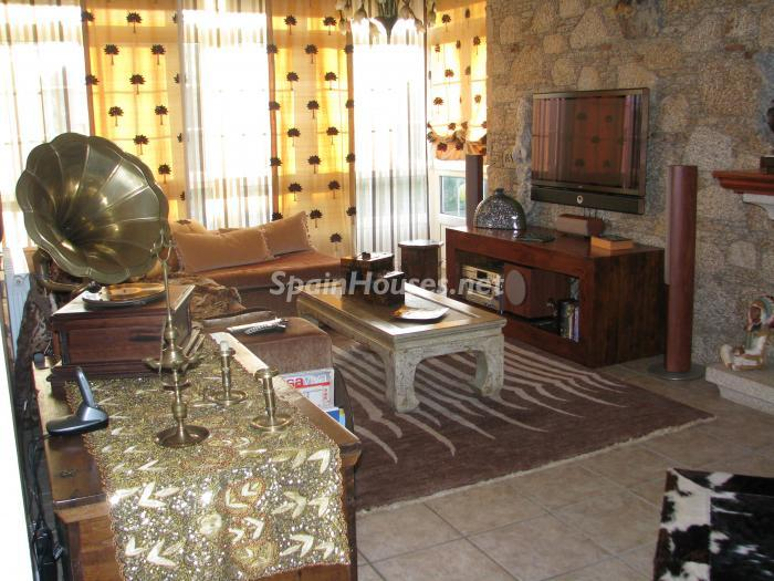 11. House for sale in Cambre, Coruña