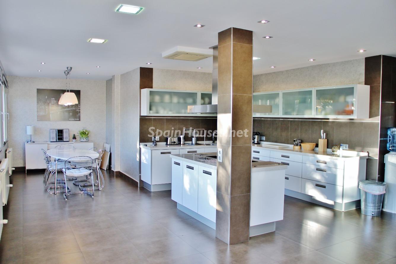 11. House for sale in Las Rozas de Madrid Madrid 1 - Exclusive 7 Bedroom Villa for Sale in Las Rozas de Madrid