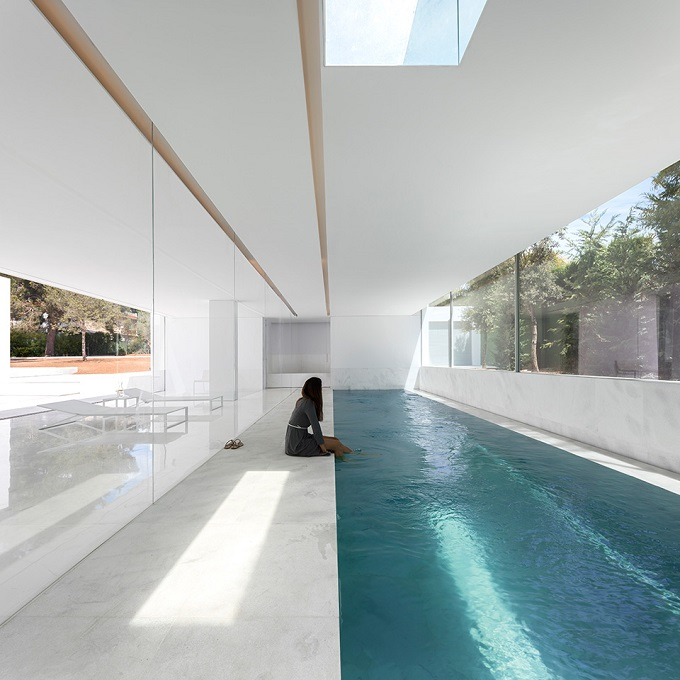 11. House in Paterna by Fran Silvestre Arquitectos - Ultramodern House in Paterna, Valencia, by Fran Silvestre Arquitectos