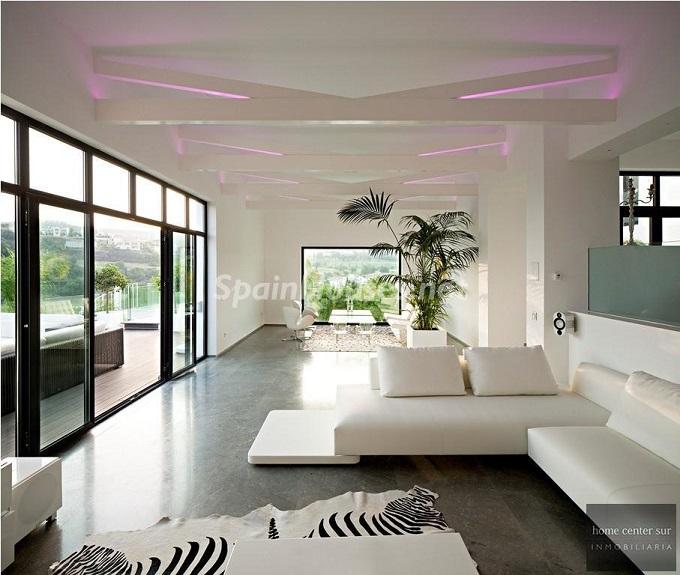 11-villa-for-sale-in-benahavis