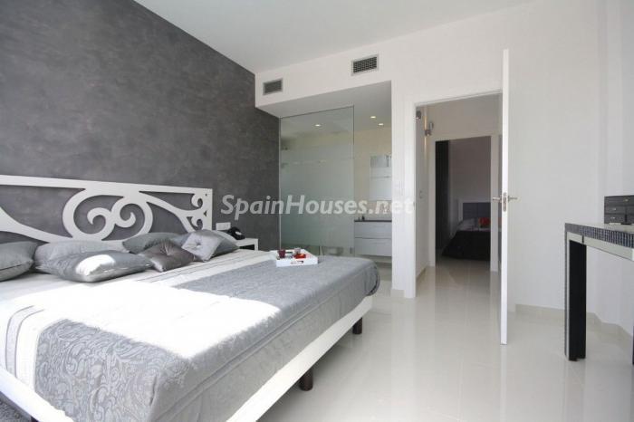 1132 - Modern Villa for Sale in Orihuela Costa, Alicante