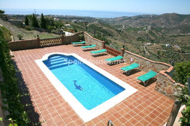 Swimming pool terrace