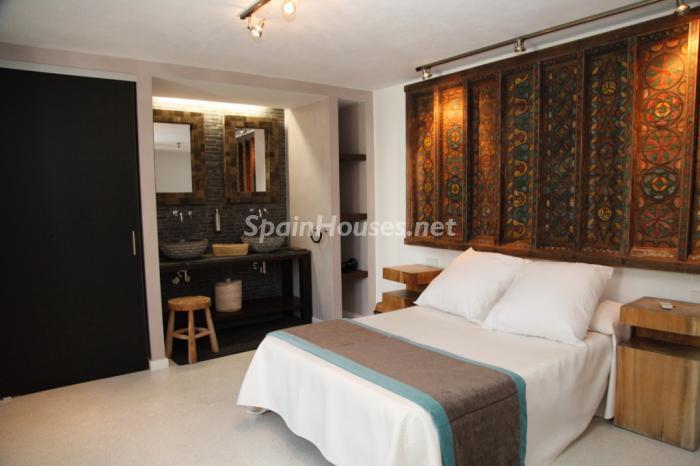 1136 - Modern Style Villa for Sale in Ibiza (Baleares)