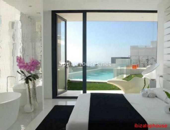 114 - Vacational rental detached villa in Ibiza (Baleares)