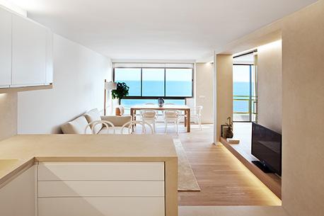 11Horizon House  BareaPartners - Horizon Apartment by Barea + Partners