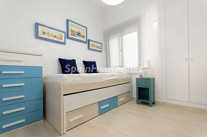 12. Apartment for sale in Torrevieja Alicante - Beach Apartment for Sale in Torrevieja (Alicante)