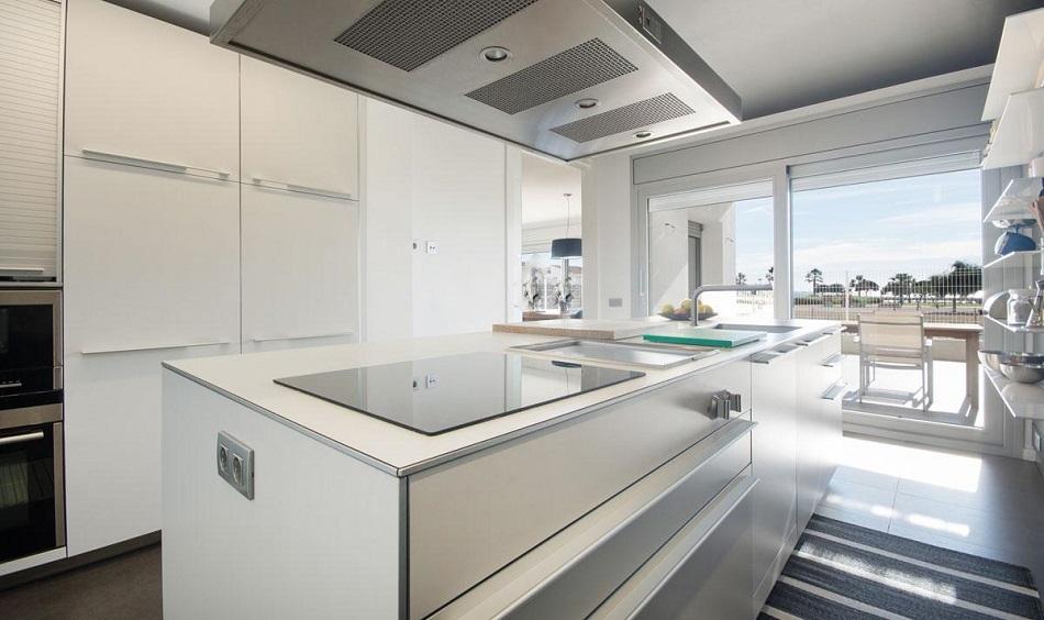 12. Beach house in Cambrils Tarragona 1 - For Sale: Beach House in Cambrils, Tarragona