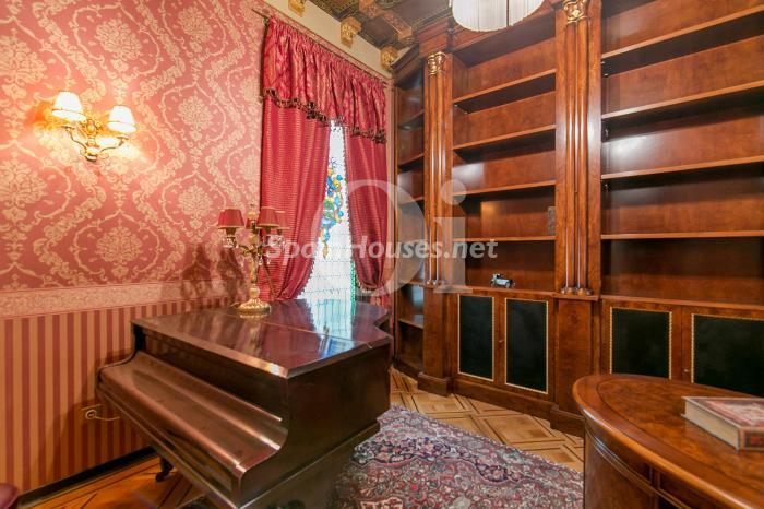 12. Flat for sale in Barcelona - On the market: Super Luxury Home in Barcelona City Centre