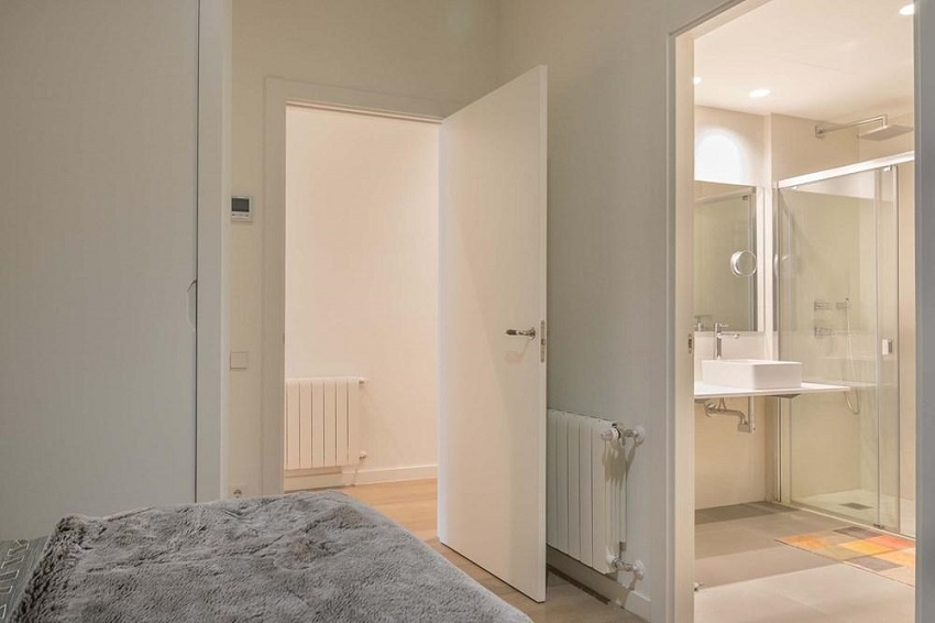 12. Flat for sale in Eixample Barcelona - For sale: Apartment in Eixample, Barcelona city centre