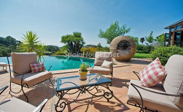 12. House for sale in Benahavís Málaga 1 - For sale: Impressive villa in Benahavís (Málaga), don't miss the pictures!