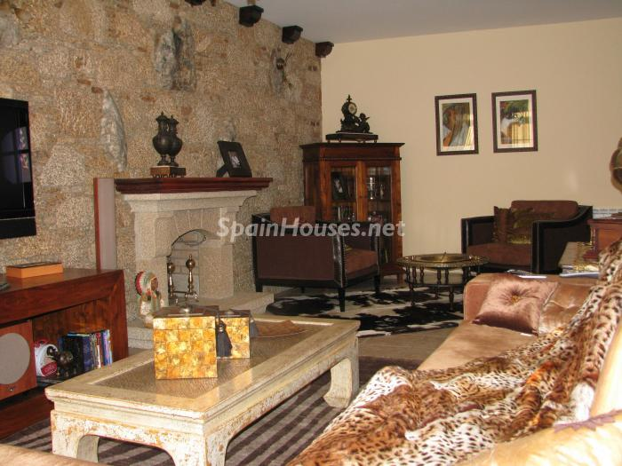 12. House for sale in Cambre, Coruña