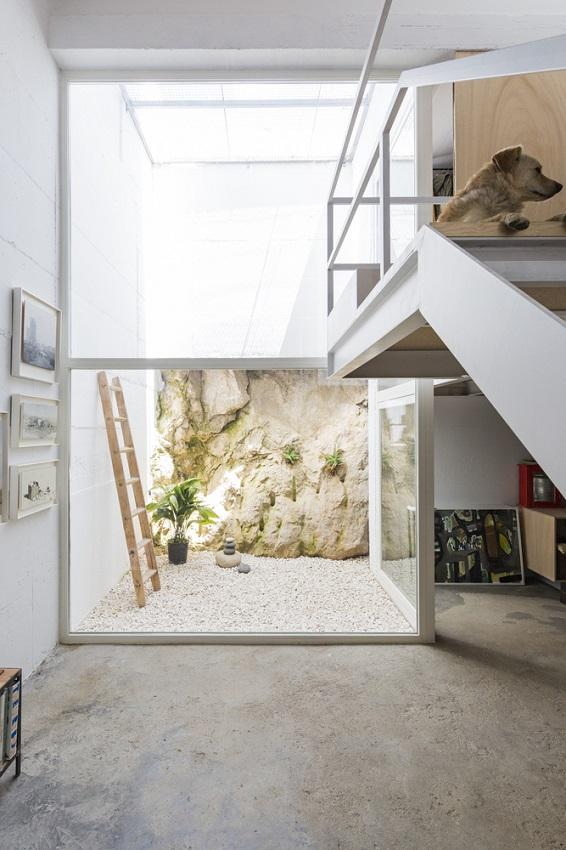 12. House in Gaucín by DTR studio architects - A single family house for a painter in Gaucín, Málaga, by DTR_studio architects