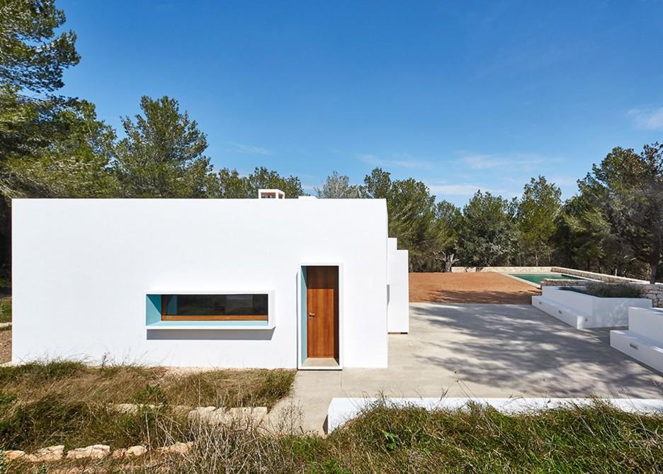 12. House in Ibiza Ca na Maria - Ca na Maria: a dreamy white house in Ibiza