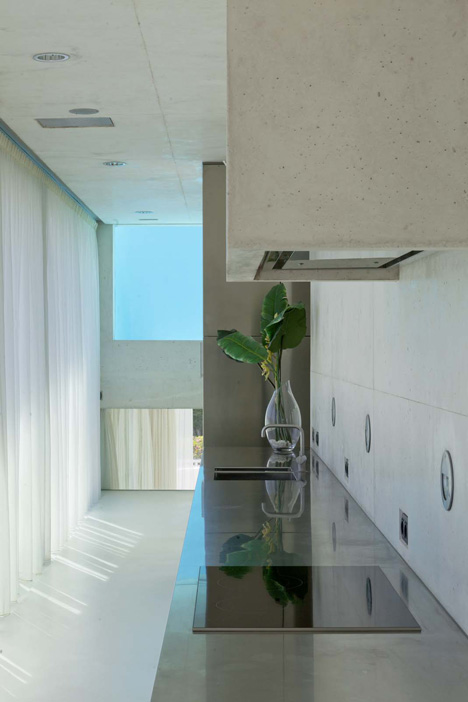12. Jellyfish House - The Jellyfish House by Wiel Arets Architects in Marbella, Málaga