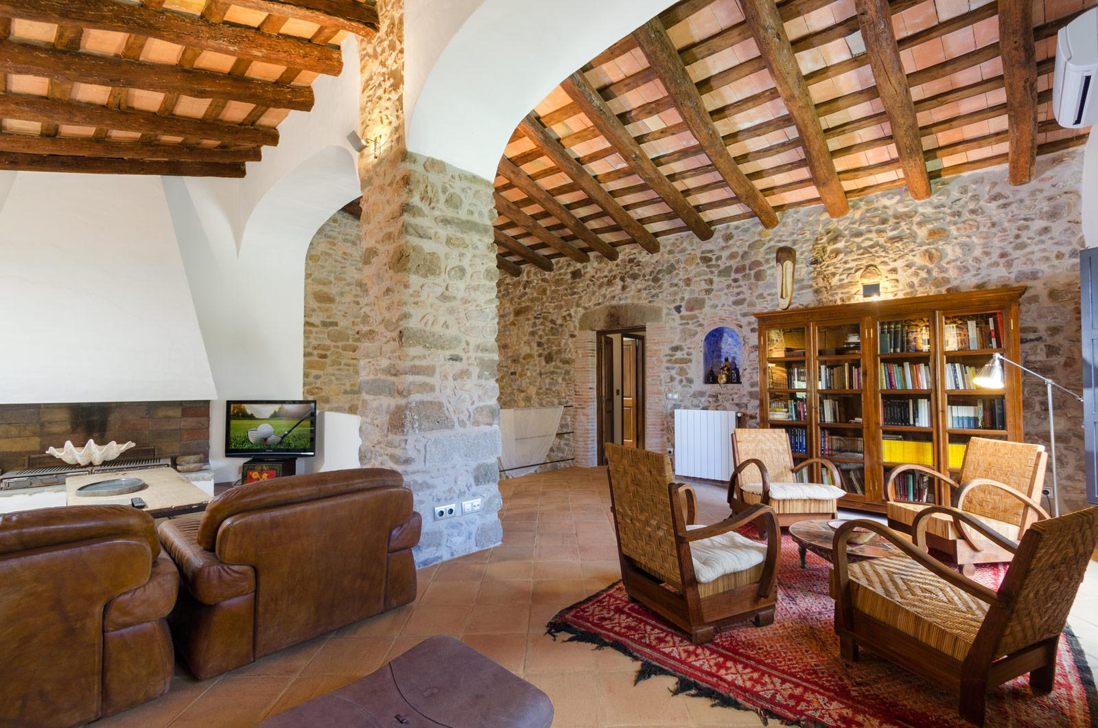 12. Villa for sale in Girona - Traditional Masia, Catalonia country house, for sale in Girona