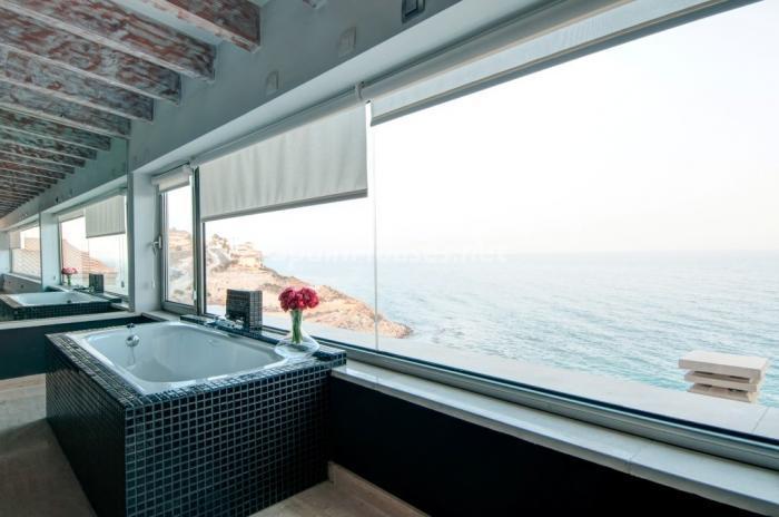 12. villa for sale in El Campello (Alicante)