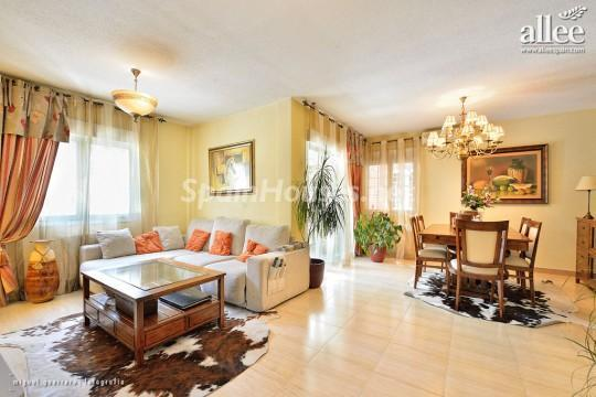 1208184 2737 1 - Fantastic Villa for Sale in Madrid, Spain