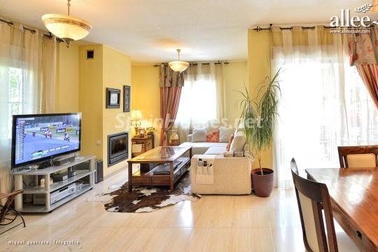 1208184 2737 10 - Fantastic Villa for Sale in Madrid, Spain