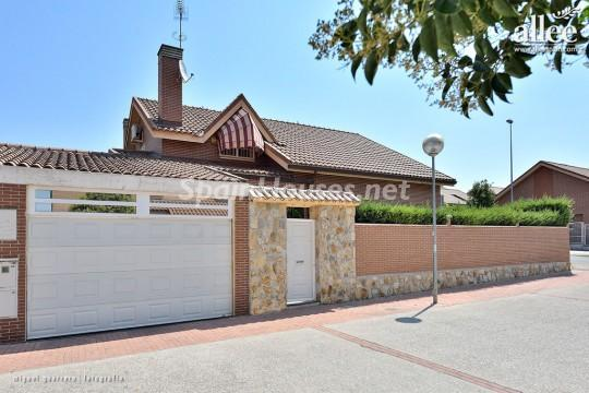1208184 2737 4 - Fantastic Villa for Sale in Madrid, Spain
