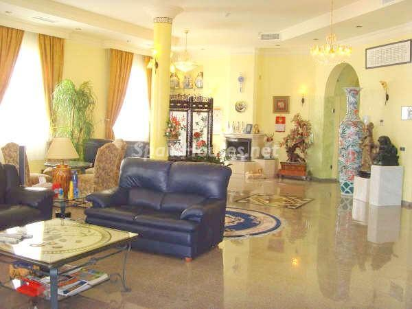 1218557 18740474 8 - Luxury Villa for Sale in Benalmádena (Málaga)
