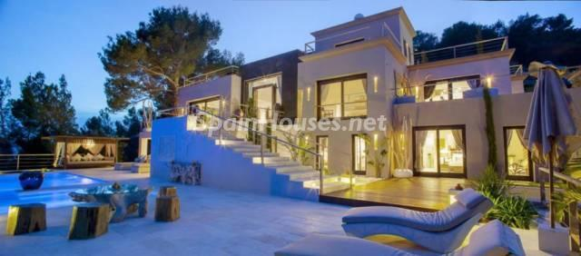 1224982 3572777 1 - Gorgeous House For Sale in Santa Eulalia del Río (Baleares)