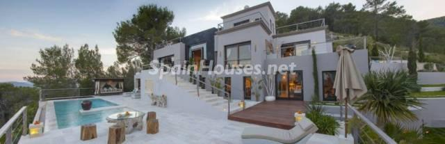 1224982 3572777 9 - Gorgeous House For Sale in Santa Eulalia del Río (Baleares)