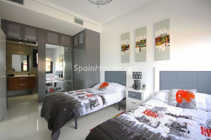 1228 - Modern Villa for Sale in Orihuela Costa, Alicante