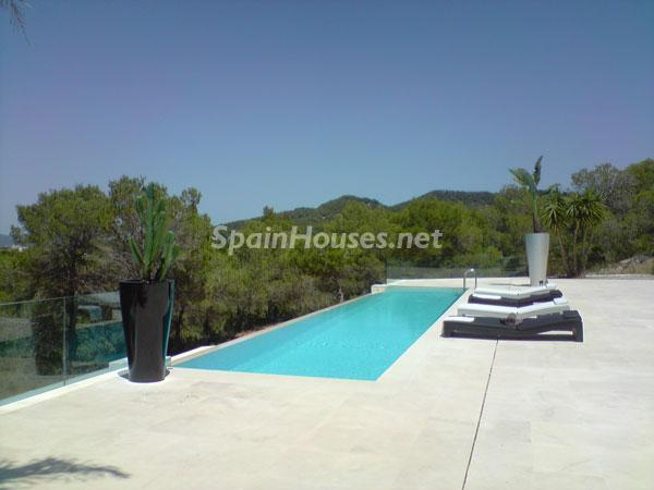 123 - Luxury Minimalist Villa for Sale in Ibiza (Baleares)