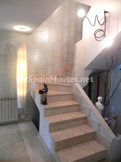 1239 - Terraced Chalet for Sale in Palma de Mallorca, Balearic Islands