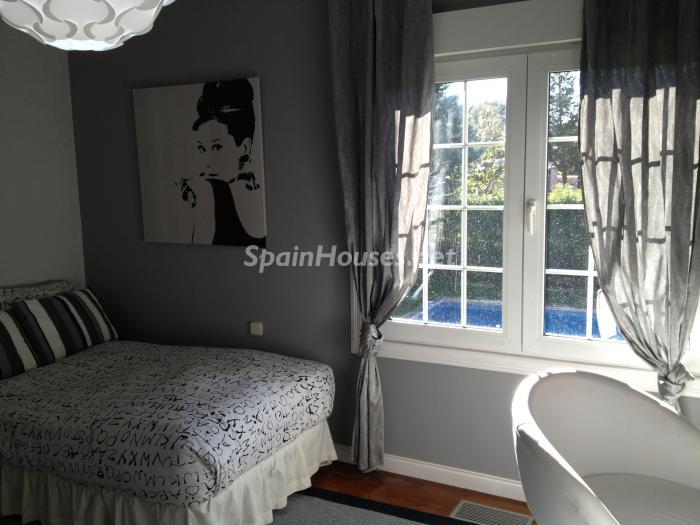 13. House for sale in Madrid - Classic Style Chalet for Sale in Boadilla del Monte, Madrid
