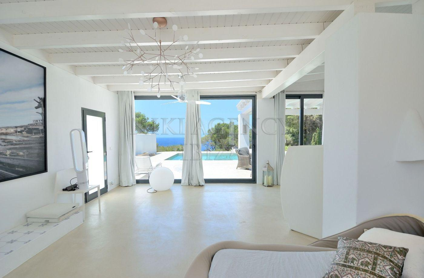 13. House for sale in Sant Josep de sa Talaia Ibiza - Fantastic 4 Bed Villa For Sale in Sant Josep de sa Talaia, Ibiza!