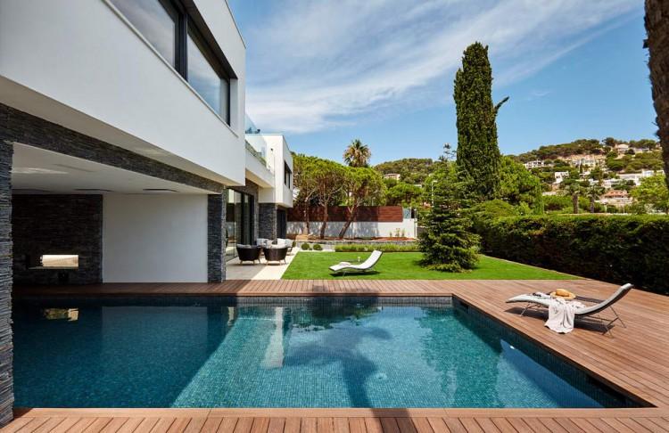 13. House in Blanes, Girona