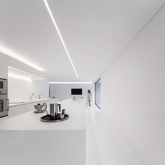 13. House in Paterna by Fran Silvestre Arquitectos - Ultramodern House in Paterna, Valencia, by Fran Silvestre Arquitectos