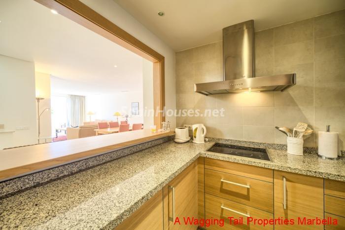 13. Penthouse duplex for sale in Estepona Málaga - For Sale: Outstanding Penthouse Duplex in Estepona, Málaga