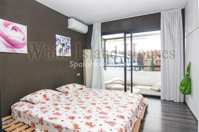 13. Penthouse duplex for sale in Santa Eulalia del Río - For Sale: Penthouse Duplex in Santa Eulalia del Río, Balearic Islands