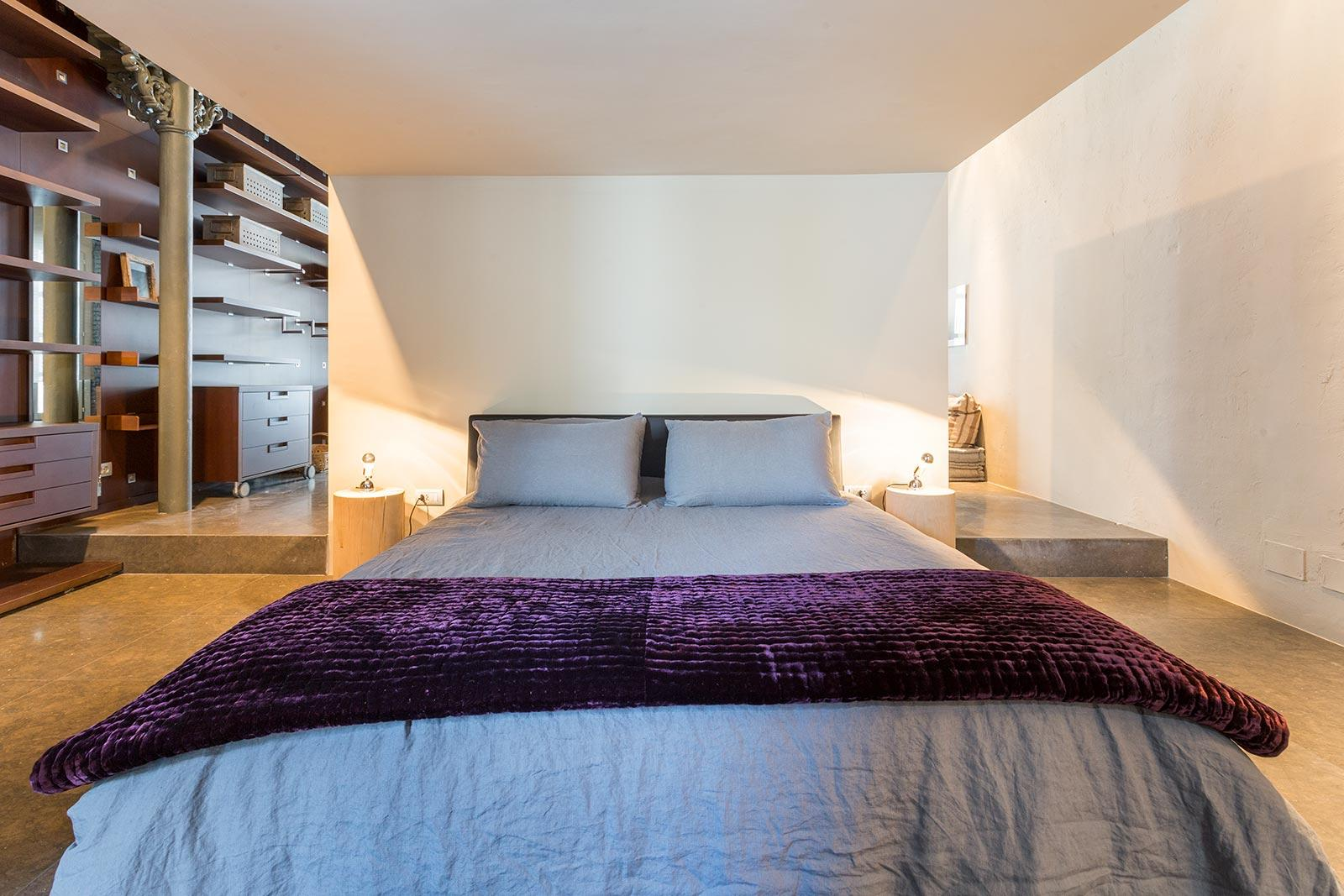 13. Stylish apartment for sale in Barcelona city - Step Inside A One-Of-A-Kind Barcelona Apartment